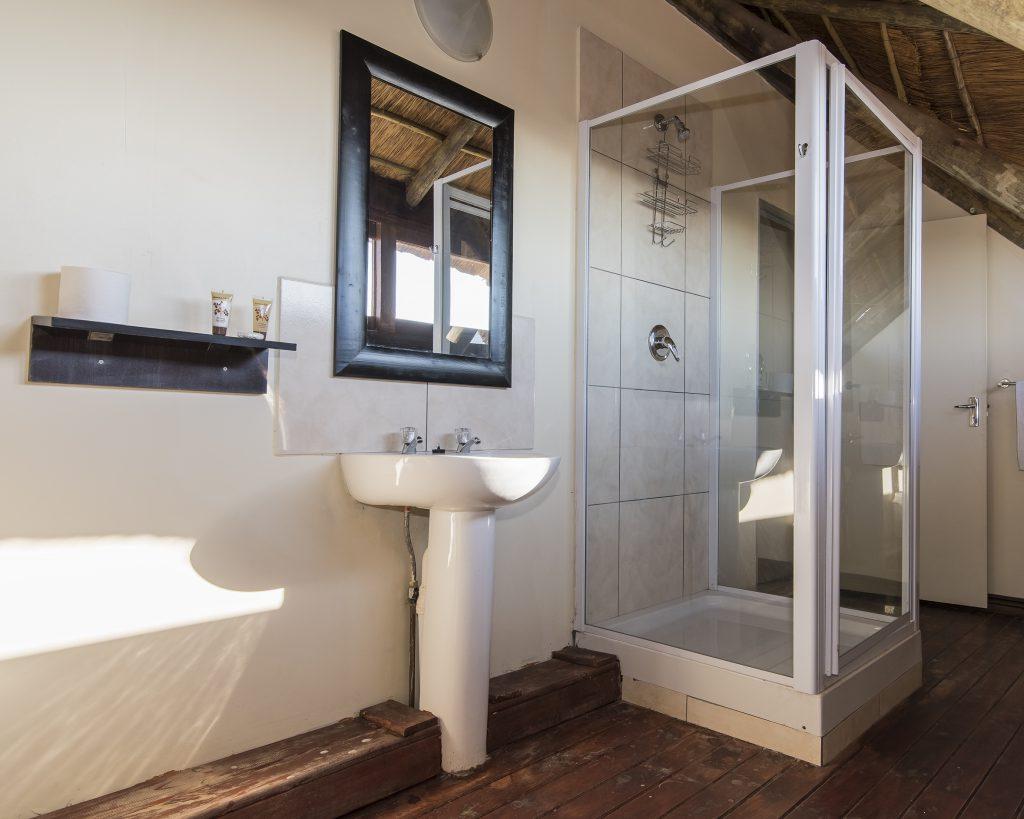 room 9 bathroom 1-8